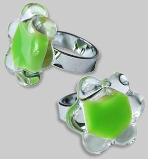 Pylones - Ring - Rococo Grande Fleur Milk - Flüssigkeit grün
