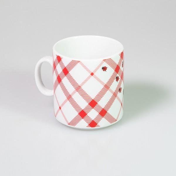 Becher aus Porzellan - Haferl Marienkäfer - Karo rot weiß