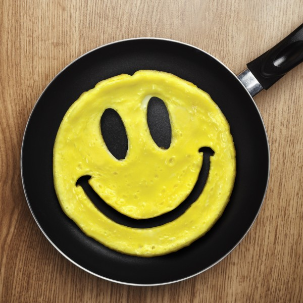 Invotis Fred - Pfannkuchen- & Rührei-Form Smiley - Crack a Smile